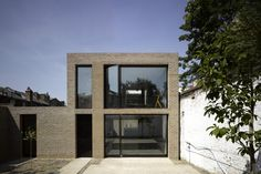 Kings Grove, London SE15 (private house) / Duggan Morris Architects © Edmund Sumner / RIBA Stephen Lawrence Prize Shortlist