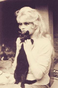 Brigitte Bardot Big doe eyes