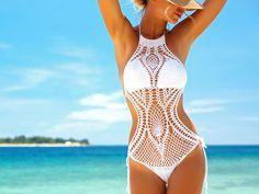 Die neuen Trend-Bikinis sind da! Wir zeigen euch die zehn schönsten Häkel-Modelle, die euer Boho-Herz höher schlagen lassen werden.