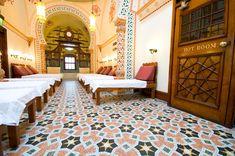 46 Complex Yoga Studio Design Ideas that Will Make You Relax Yoga Studio Design, Yoga Studio Home, Harrogate Spa, Rural Retreats, Turkish Bath, Best Spa, Treatment Rooms, Floor Colors