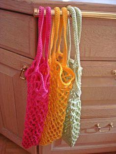 Einkaufsnetz häkeln – Schön dass du da bist ღ autour du tissu déco enfant paques bébé déco mariage diy et crochet Crochet Amigurumi, Filet Crochet, Knit Crochet, Easy Crochet, Knitting Patterns, Crochet Patterns, Knitting Yarn, Easy Knitting Projects, Woven Wrap
