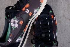 top fashion 6ff73 9d0fa NIKE CLASSIC CORTEZ NYLON QS (ALOHA PACK) New Nike Shoes, Nike Sneakers,