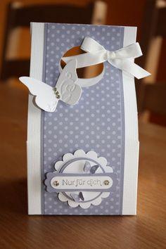 Present box / Papiertasche