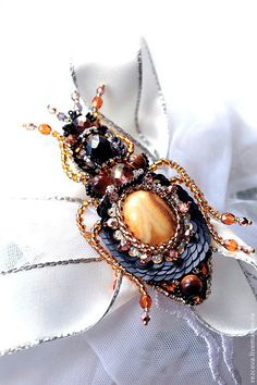 Bug brooch. Nature jewelry insect jewelry от PurePearlBoutique