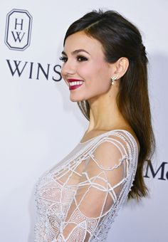 "( ☞ 2017 ) CELEBRITY WOMAN ★ VICTORIA JUSTICE ) ★ Victoria Dawn Justice - Friday, February 19, 1993 - 5' 5½"" - Hollywood, Florida, USA."