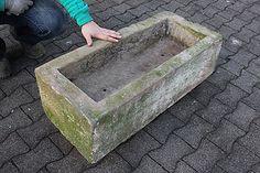 alter trog aus granit 44 cm lang brunnen steintrog g240 granittrog der naturstein garten http. Black Bedroom Furniture Sets. Home Design Ideas