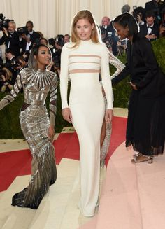 Doutzen Kroes wearing Balmain to the 'Manus x Machina: Fashion In An Age Of Technology' Costume Institute Gala in Balmain.Photo by Jamie McCarthy/FilmMagic                                     via @AOL_Lifestyle Read more: http://www.aol.com/article/2016/05/02/met-gala-2016-arrivals/21369161/?a_dgi=aolshare_pinterest#slide=3881778|fullscreen