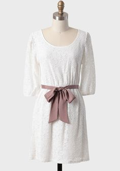 Kiss Of Vanilla Lace Dress | Modern Vintage Dresses. This is the EXACT white dress I've been looking for, for several months now.