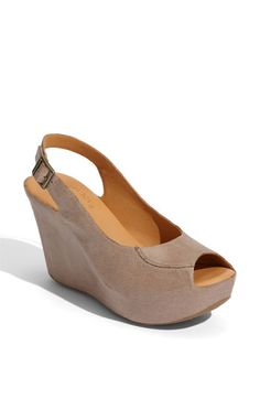 textured leather and concealed platform. love. this. shoe #shoes #wedge #platform