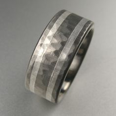 hammered wedding band by spexton.com