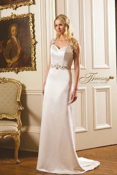 Simple yet elegant Fitted and Flared Wedding Dress by Finesse Bridal Wear in Listowel, Co Kerry #FitandFlare #Trail