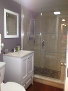Vanity, toilet & shower.