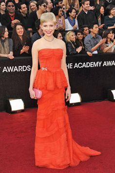 Michelle Williams brightened up the Academy's carpet in colorful Louis Vuitton