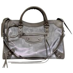 Pre-owned Balenciaga Structured City Shoulder Bag ($1,256) ❤ liked on Polyvore featuring bags, handbags, shoulder bags, grey, gray handbags, balenciaga shoulder bag, structured purse, grey purse and balenciaga purse