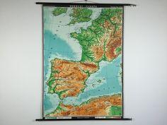 Wandkaarten van Zuidwest-Europa, 120 euro