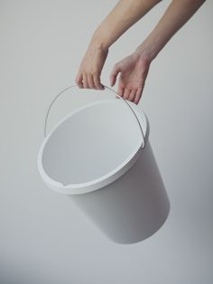 MUJI – BUCKET [STUDY]The 'MUJI' project was a case study project of working for one of the most unique and intriguing companies in the design world. A brand that started as a local Japanese phenomenon and thanks to a unique vision on Production, market,…