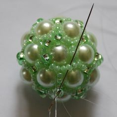 Beaded bead tute.  #Seed #Bead #Tutorials