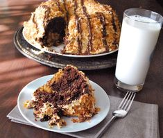 This Samoa Cookie Bundt Cake Recipe brings your favorite Girl Scout Cookie to life. All the same caramel, chocolate and coconut flavors as the cookies!