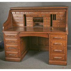 Exceptional oversize quarter sawn oak 'S' roll top desk Antique Desk, Antique Furniture, Home Furniture, Furniture Design, Small Roll Top Desk, Woodworking Shop, Woodworking Plans, Old Desks, Home Office Decor