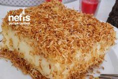 kadayıfların yarısını döküyoruz ve borcamın tabanına güzelce yayıyoruz Turkish Recipes, Italian Recipes, Ethnic Recipes, Fish And Meat, Fish And Seafood, Cookie Recipes, Dessert Recipes, Turkish Sweets, Fresh Fruits And Vegetables
