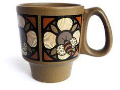 Rare Danish Modern Pfaltzgraff Mug Cup 298M Honey Bee by converde, $11.00
