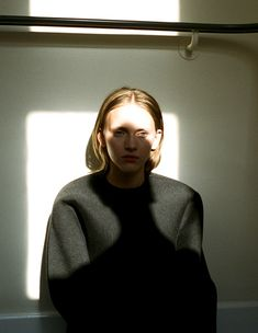 jaiete:  PHOTOGRAPHYAlina KrasinaPhotography by Hanna PutzHusk Magazine, Fall 2011