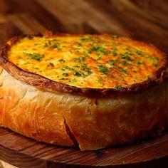 Deep Dish Garlic Bread Lasagna Pie - Twisted