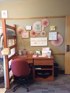 University of Nebraska Knoll Dorm Room Decor