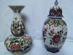 Currently at the #Catawiki auctions: Delfts blauw holland , lot of two ancient vases,1935-1945