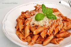"""[Miam] Penne à la tomate, mozzarella, basilic... le classique en version """"express"""" ! - Recettes de nathou"""