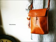 TEHA'AMANA One Shoulder Bag