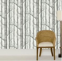 Cole and Son Contemporary II - Papier peint luxe Cole & Son - Au fil des Couleurs Tree Wallpaper Stairs, Birch Tree Wallpaper, Forest Wallpaper, Painting Wallpaper, Silver Birch Wallpaper, White Wallpaper, Modern Wallpaper, Designer Wallpaper, Interior Design