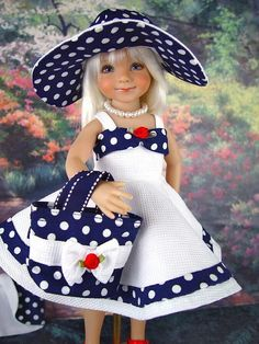 Foto Sewing Doll Clothes, American Doll Clothes, Girl Doll Clothes, Doll Clothes Patterns, Ropa American Girl, Doll Costume, Cute Dolls, Little Girl Dresses, Baby Dolls