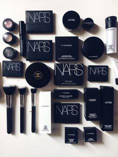 When your friend is a makeup artist you flatlay it all day :)  #flatlay #nars #chanel mac