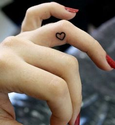 18 Small Tattoo Ideas For Women