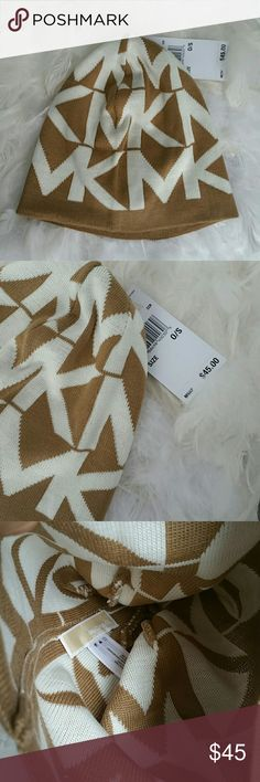 Michael Kors Beanie NWT 100%AUTHETIC Brand new with tags 💯 Authentic  Grab this fabulous Michael Kors large MK logo beanie as a gift to yourself or someone you are for!!!  💖Shop with confidence💖💖 🎉🎊Suggested User🎊🎉 📮💌Same day shipping📮💌 5🌟🌟🌟🌟🌟 star rated closet 👍👍Top seller👍👍 Michael Kors Accessories Hats