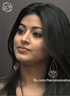Most Beautiful Indian Actress, Beautiful Actresses, Beauty Full Girl, Beauty Women, Sneha Actress, Anushka Photos, Classic Girl, Beautiful Saree, Cute Faces