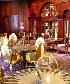 Holiday Inn Resort Orlando - The Castle Dining Room by IHG Americas New Hotels, via Flickr