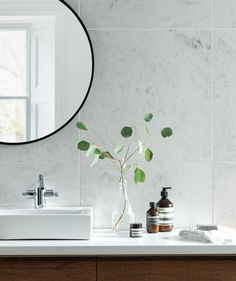 Albus™ white marble effect tile