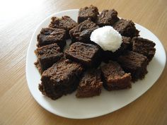 Keeka baladi min shokolata - Egyptian chocolate cake.