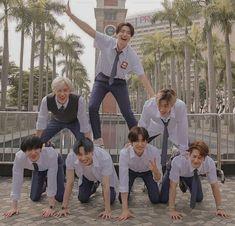 Check out Monsta X @ Iomoio Yugyeom, Yugeom Got7, Got7 Mark Tuan, Youngjae, Boy Squad, Fandom Kpop, Kpop Couples, Funny Kpop Memes, Channel