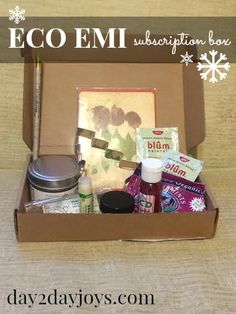 12 Days of Christmas {Day Eco Emi Subscription Box} - Joys Christmas Giveaways, 12 Days Of Christmas, Win Or Lose, Subscription Boxes, Athletic Wear, Hand Sanitizer, Hot Chocolate, Peppermint, Youtube
