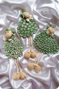 Dziś postanowiłam przetestować barwniene m… Easter Crafts, Christmas Crafts, Christmas Ornaments, Ceramic Clay, Ceramic Pottery, Hobbies And Crafts, Diy And Crafts, Sculptures Céramiques, Diy Ostern