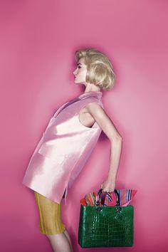 care2 Harpers Bazaar UK Março 2014   Naomi Campbell, Karolina Kurkova + mais por Karl Lagerfeld  [Editorial]