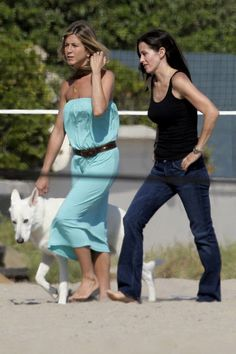 Jennifer Aniston with her white German Shepherd swiss dog