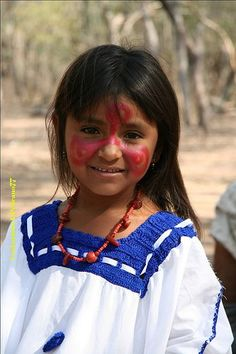 Cucurumana  La Guajira, Colombia  #childrenFace #SouthAmerica Kids Around The World, We Are The World, People Around The World, Precious Children, Beautiful Children, Beautiful World, Beautiful People, First Nations, World Cultures