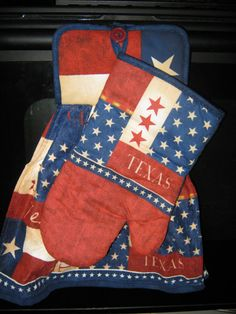 Texas hand towel - hot pad holder. Hangs on oven door.  by [txprettydistressed on Etsy]