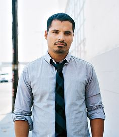 Actor: Michael Peña ~ His performance with Jake Gyllenhaal in David Ayer's brilliant movie: 'End of Days' was so amazing! ~ He's a hottie too!