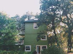 Home Tour: Sonoma Watertower Hideaway | Free People Blog #freepeople