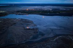 Oil Sands Boom Dries Up in Alberta, Taking Thousands of Jobs With it - The New York Times